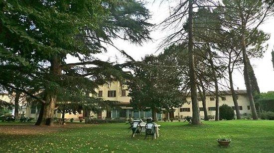 Istituto Suore S. Giovanni Battista - Villa Merlo Bianco: La villa vista dal parco