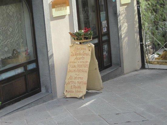 Eingang zur Pasticceria Ferretti, Peccioli