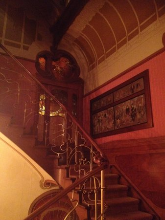 Horta Museum (Musee Horta): The staircase view from the living room