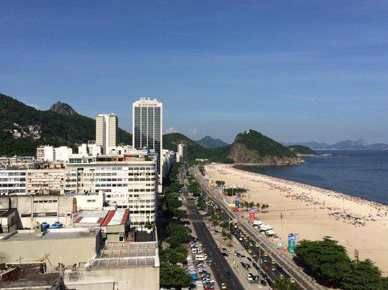 Porto Bay Rio Internacional Hotel : コパカバーナ東方面