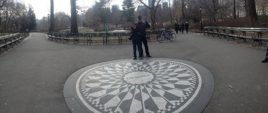 Real New York Tours: Strawberry Fields in Central Park