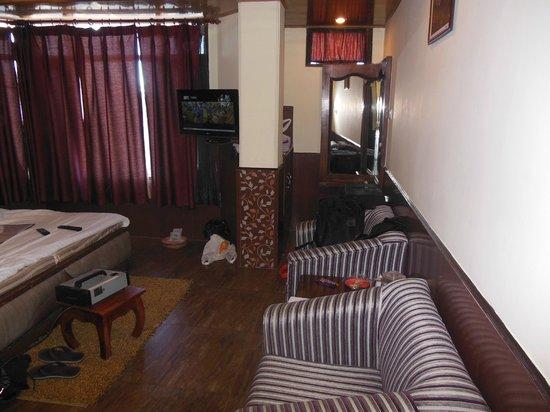 Kapil Hotel: Seating