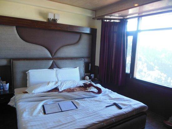 Kapil Hotel: Bed