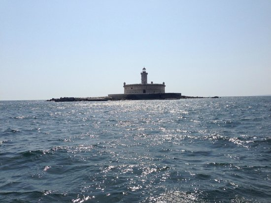 West Coast Sailing Centre - Day Cruises: Bugio light house - a must visit