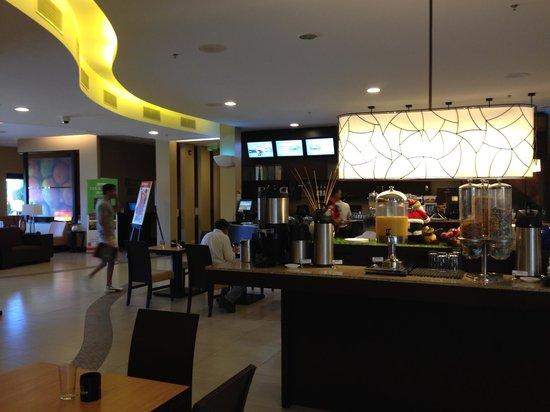 Courtyard San Jose Airport Alajuela: Desayuno