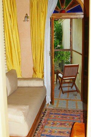Ryad Salama Fes: Комната, вид на балкончик