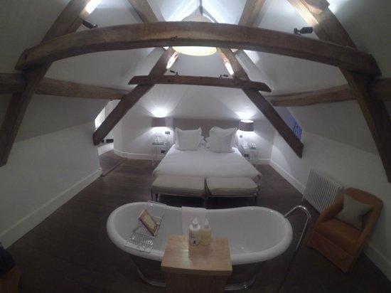 Barnsley House: Room 8 - Davinia