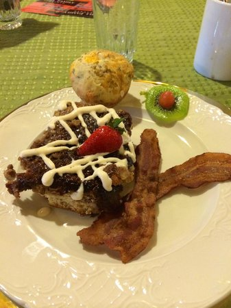 Hennessey House Bed and Breakfast: Home Made Brekkie