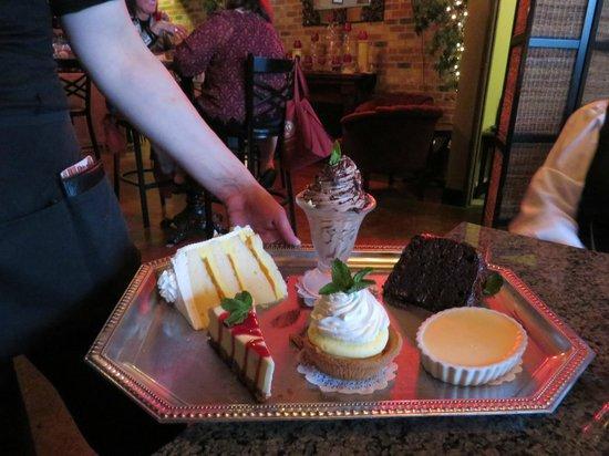 Venetian Theatre & Bistro: amazing desserts