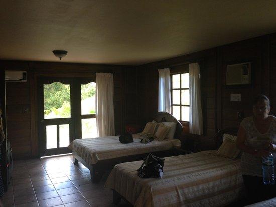 Hotel Montaña de Fuego Resort & Spa: 1 Habitación olorosa