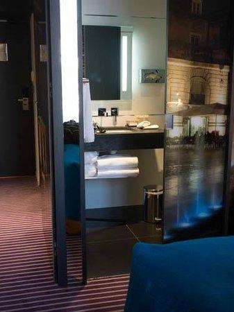 Grand Hotel La Cloche Dijon - MGallery Collection : room view