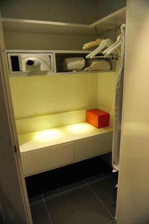 Andaz Amsterdam Prinsengracht: Massive closet with safe, robes, and slippers