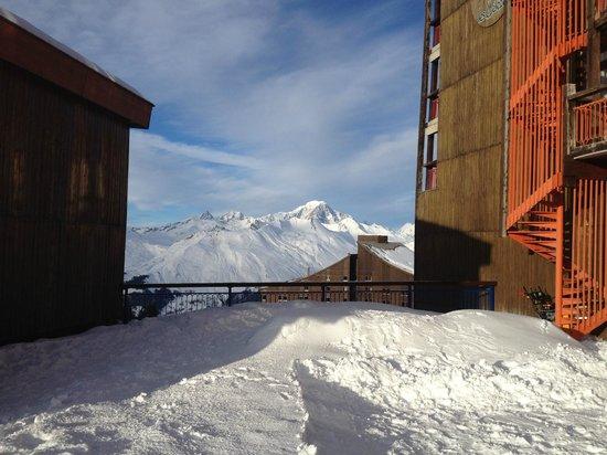 Hotel Club mmv Les Melezes: la terrasse et le soleil !!!