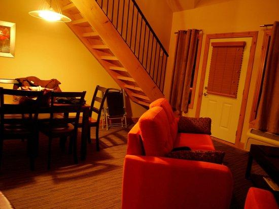 Les Suites de la Gare by Location ADP Tremblant: espace salon salle à manger