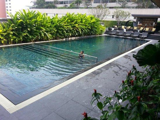 Piscina picture of best western premier sukhumvit bangkok tripadvisor - Hotel bangkok piscina ...