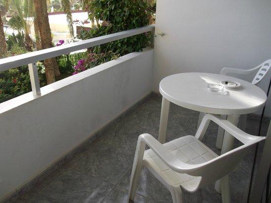 Studios Matorral : Balkon
