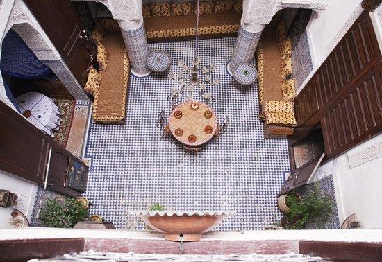 Dar Lalla Kenza : the courtyard