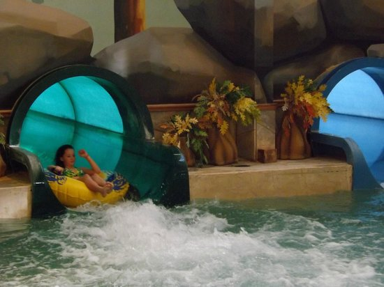 Great Wolf Lodge: There are two mid-size rides