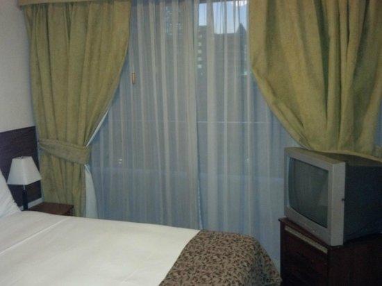 Versalles Suites: the second bedroom