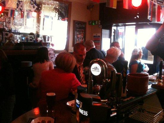 Hebrides Bar
