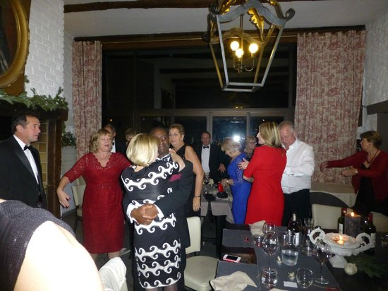 La Ferme du Vert : Dancing on New Year's Eve in the Dining Room