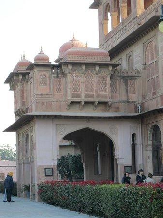 Lallgarh Palace: entrata