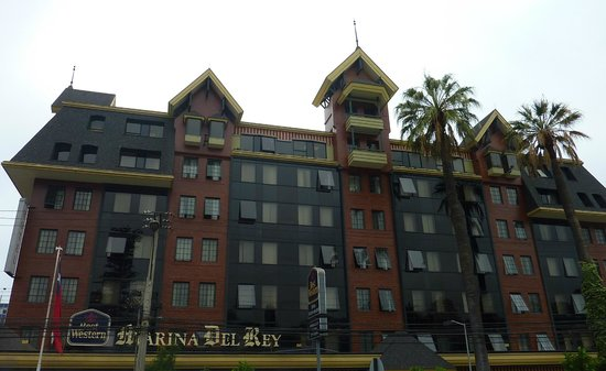 Best Western Marina Del Rey: From the Avenue