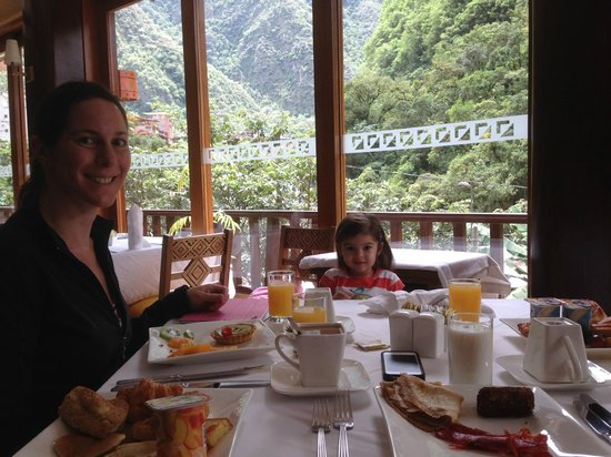 SUMAQ Machu Picchu Hotel: Dining room with breakfast