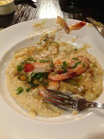 Elliott's on Linden: shrimp and grits