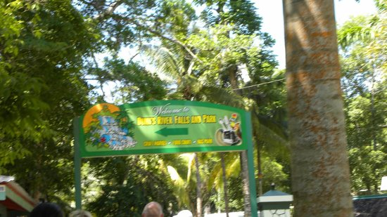 Dunn's River Falls and Park: Entrance