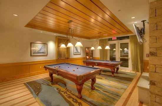Hyatt Regency Chesapeake Bay Golf Resort, Spa & Marina: Pool tables