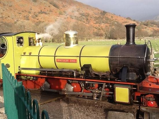 Ravenglass and Eskdale Railway: antique steam engine