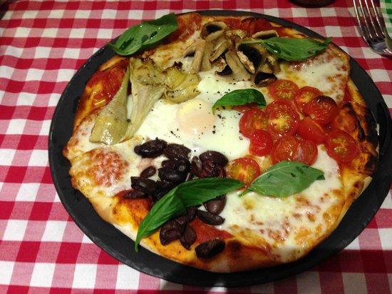 Marco Italian Kitchen: pizza capriciosa
