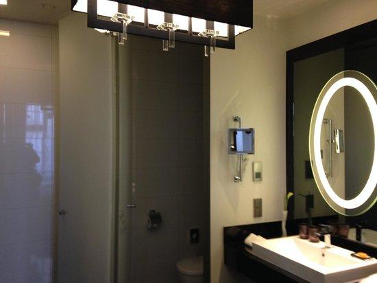 Hotel am Steinplatz, Autograph Collection: Bathroom