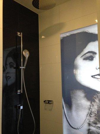 Hotel am Steinplatz, Autograph Collection: Shower