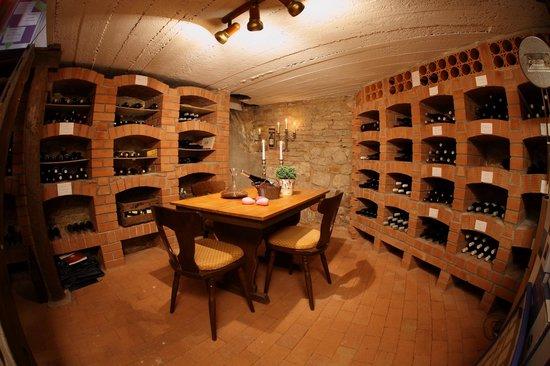 Hotel Goldenes Lamm : Weinkeller