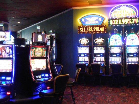 Bourbon Square Casino: Casino