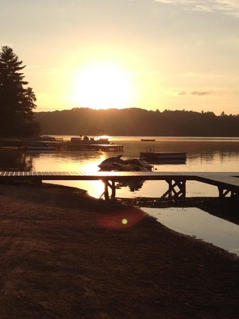 Serenity Bay Resort: Early Morning at Serenity Bay Pier