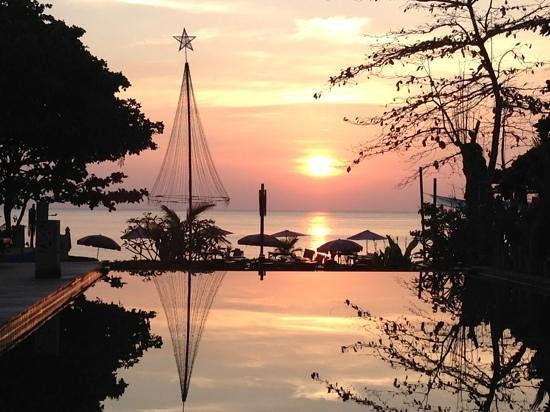 LaLaanta Hideaway Resort: one of the daily sunsets