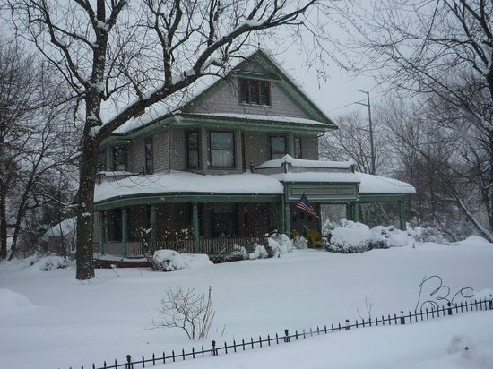 Manassas Junction Bed and Breakfast: Cozy in Winter