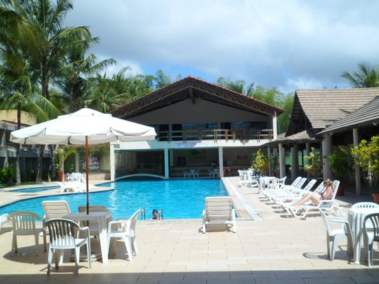 Nauticomar All Inclusive Hotel & Beach Club : Frente da piscina.