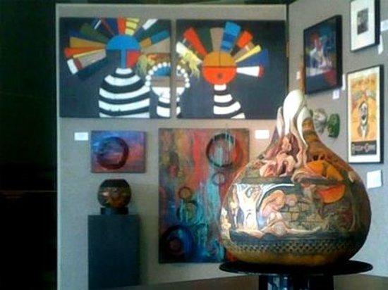 Hamilton, AL: Organic Vessels Studio Gallery