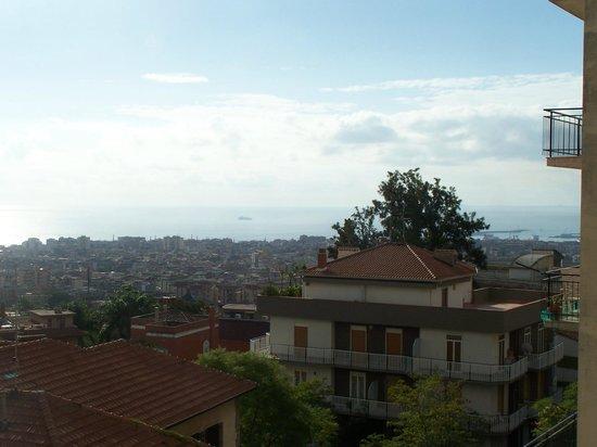 Villa Del Bosco Hotel: Blick vom Restaurant über Catania