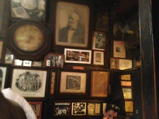 McSorley's Old Ale House: Inside