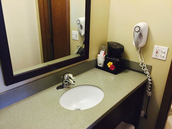Super 8 White River Junction: Sink (outside the bathroom)