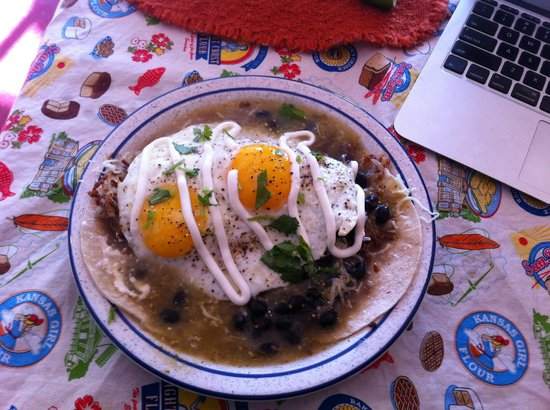 Sweetie's Sandwich Shop : Huevos Rancheros a la Sweeties