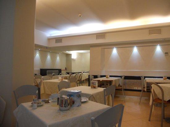 Ibis Styles Milano Centro : Sala colazione