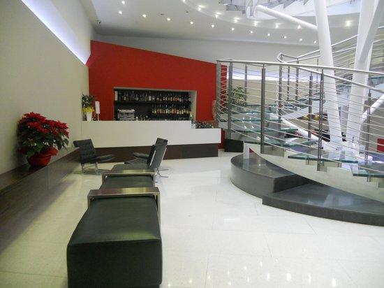 Ibis Styles Milano Centro : Hall e bar