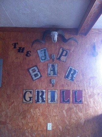 J and P Bar & Grill : getlstd_property_photo
