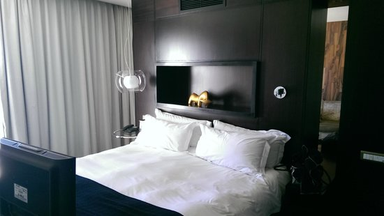 Colosseum Luxury Hotel : Bed